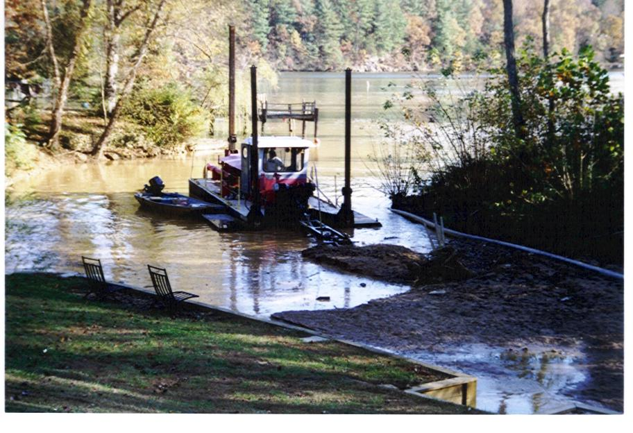 "Cutterhead ""Bristol Scott""Removing Environmental SpillLake Hickory, NC"